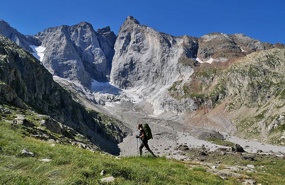 france pyrenees self-guided walking