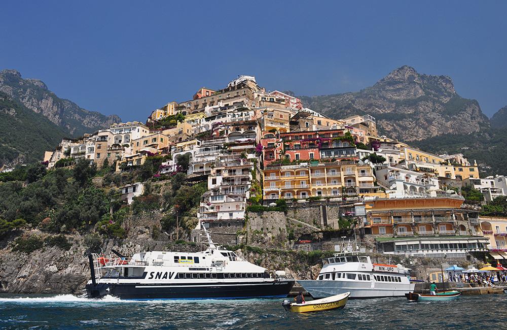 amalfi coast self-guided trekking vacations