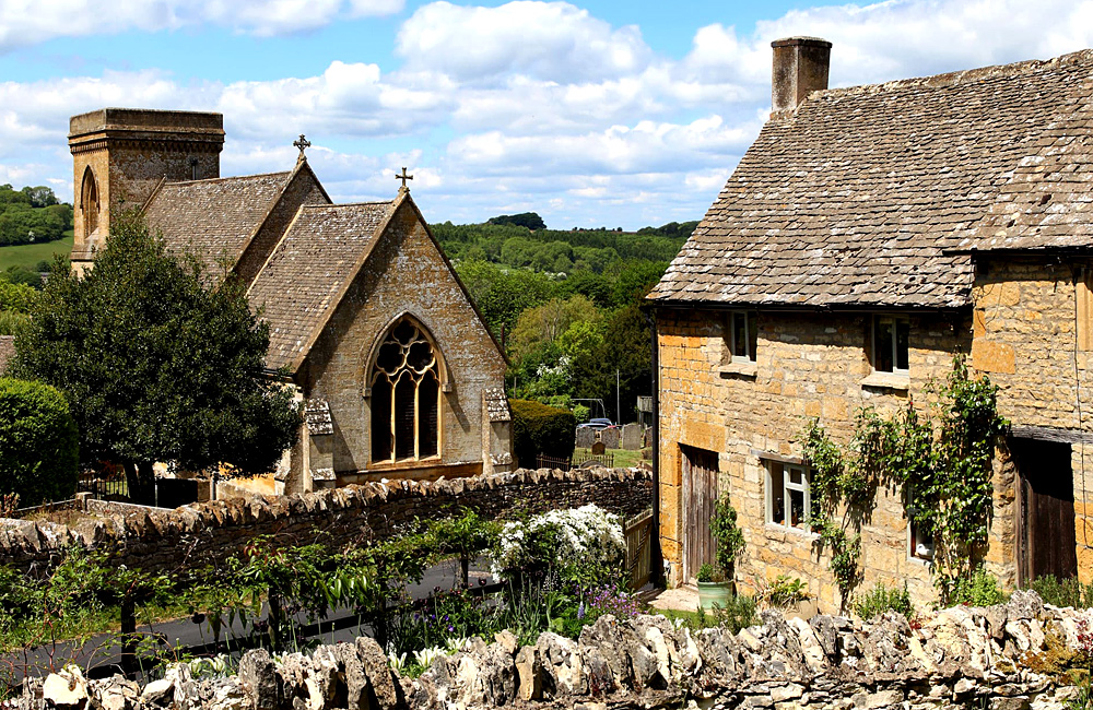 cotswold self-guided walking and trekking tours
