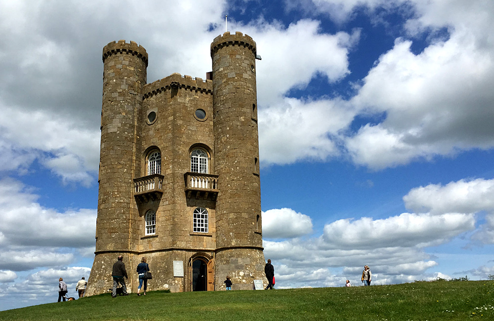 cotswold self-guided walking and hiking tours, england