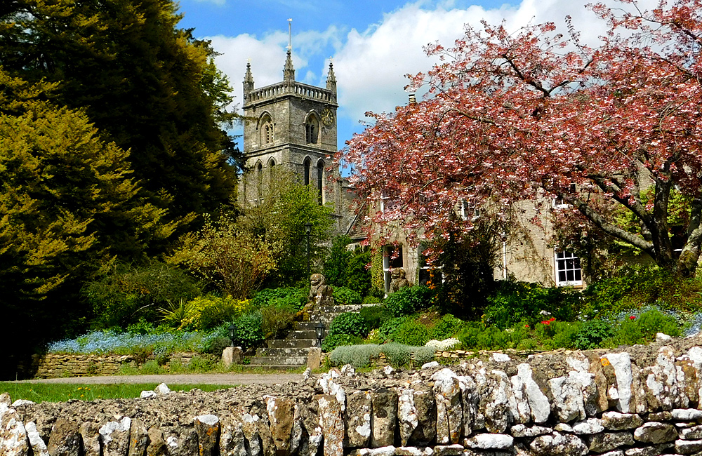 england self-guided walking and trekking tours