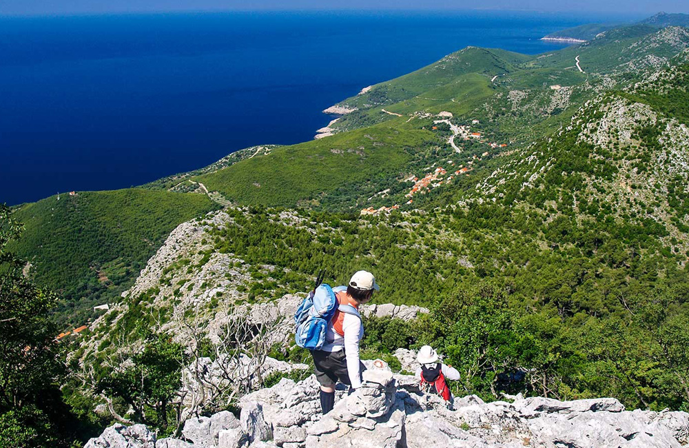 walking and trekking tours of croatia