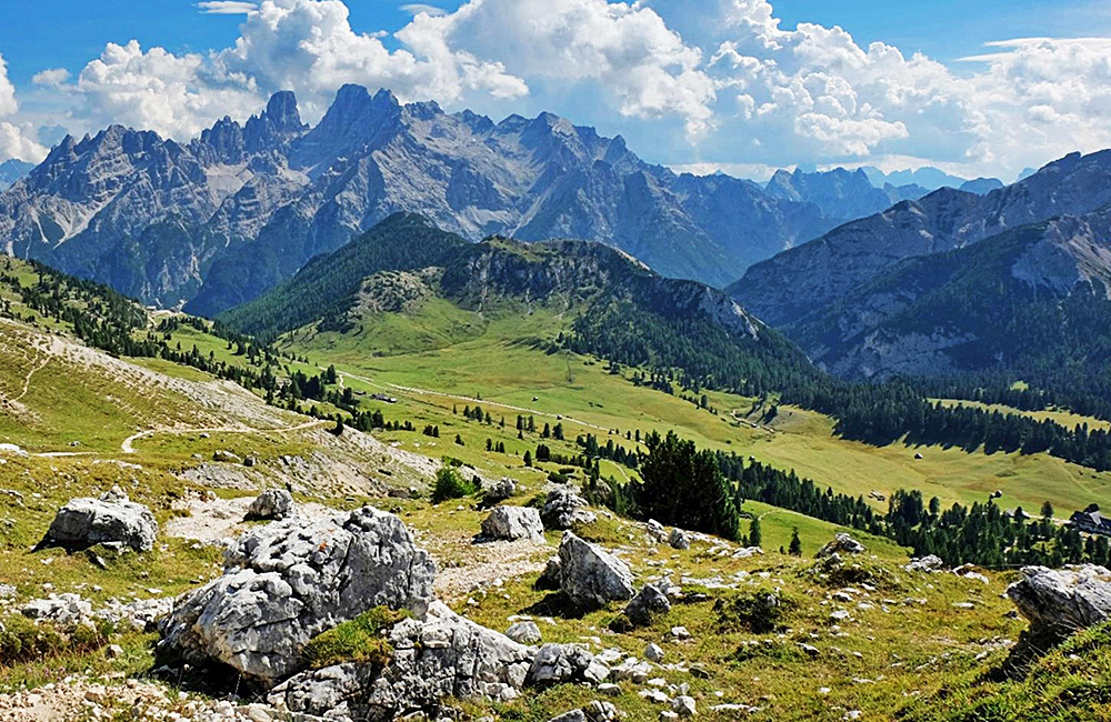 independent trekking and hiking in the dolomites, italy
