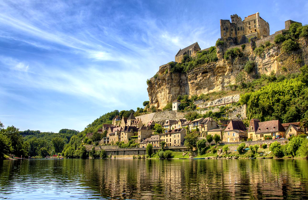 france self-guided walking in dordogne