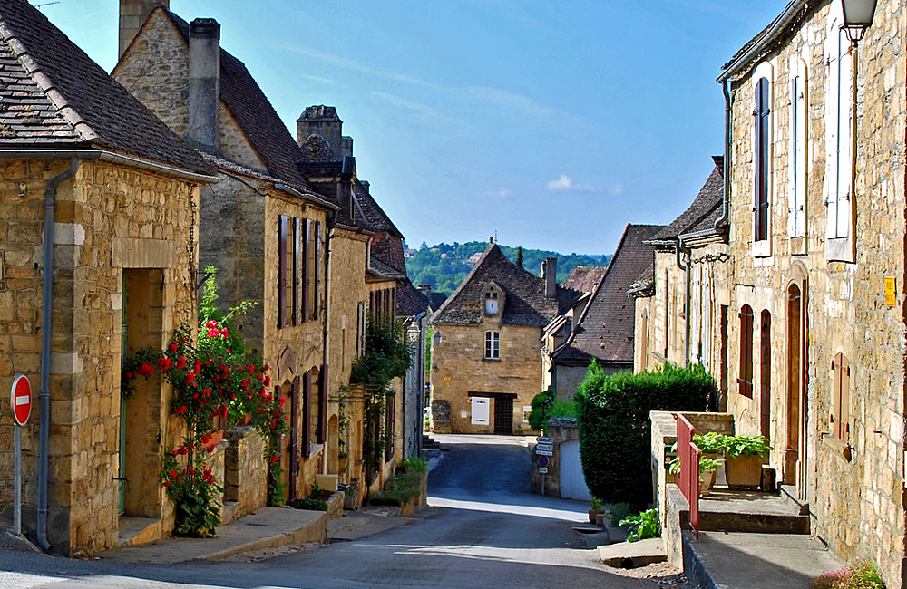 dordogne self-guided walking tour in france