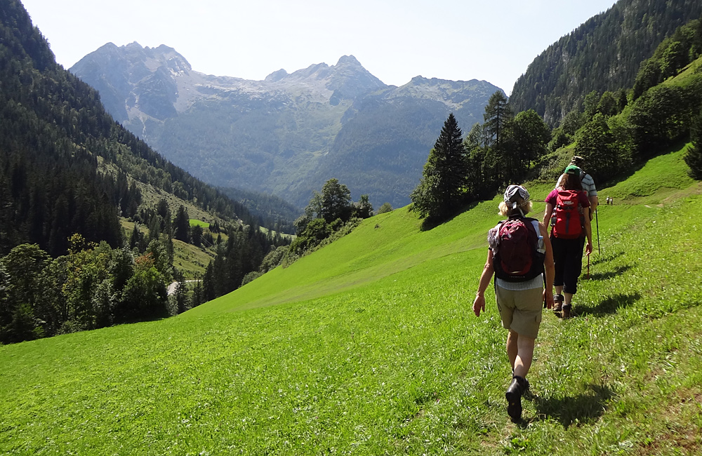 unguided trekking in the alps of germany