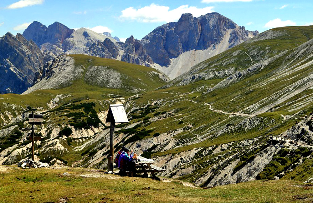 self-guided walking and trekking italy dolomites