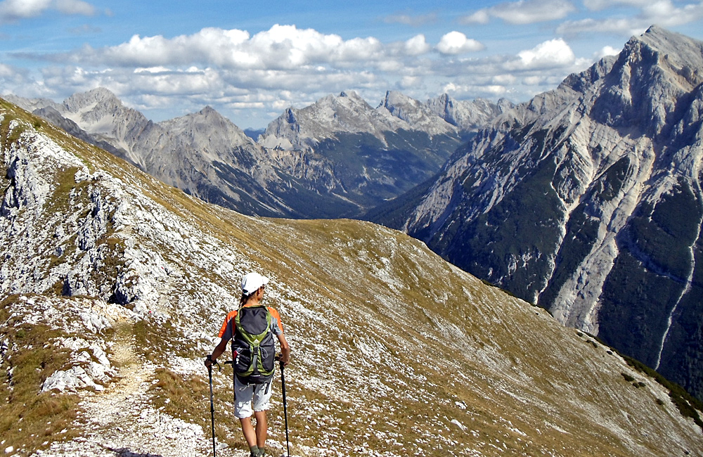 trekking unguided tours in the alps