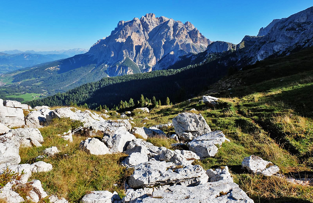 dolomites unguided hiking and trekking in italy
