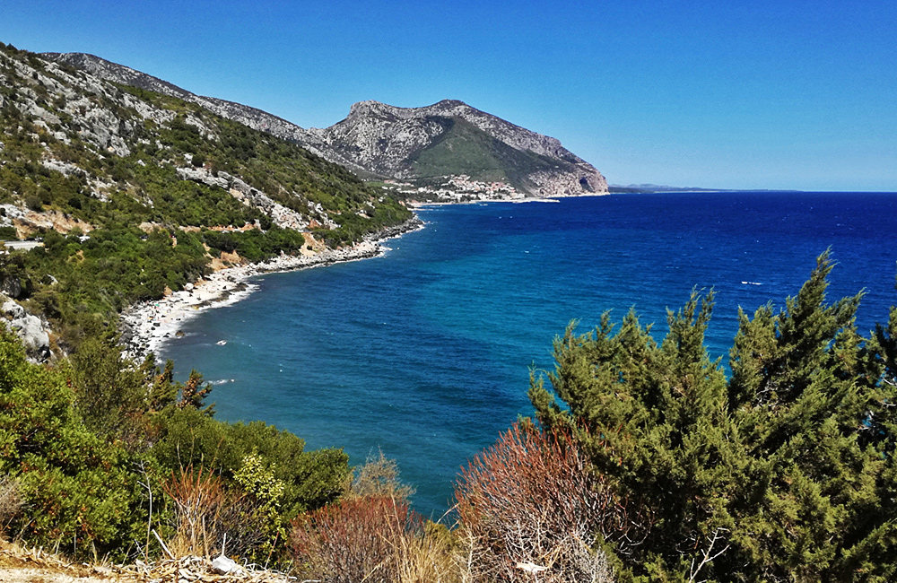 sardinia walking and trekking tours