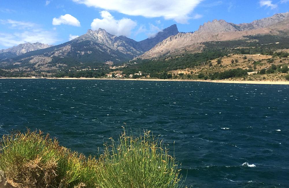 corsica independent trekking tours