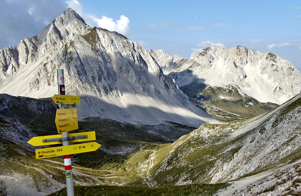 self-guided hiking in the alps, austria