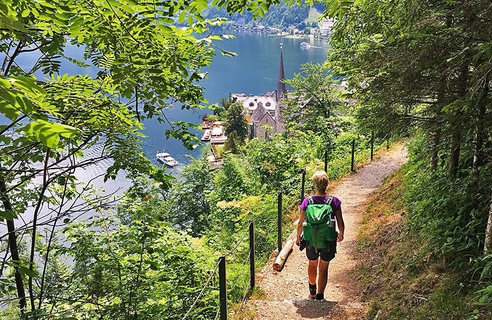 lakes hiking tour in austria