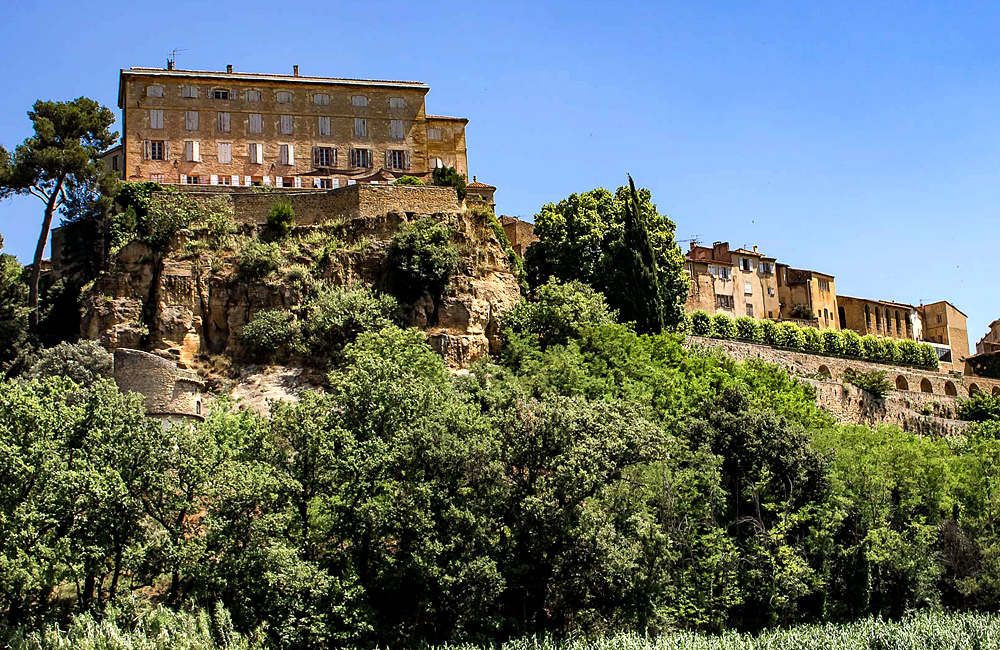provence self-guided hiking tour, france