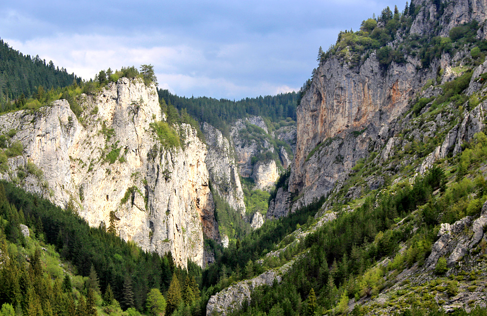 unguided rambling and trekking tours of bulgaria