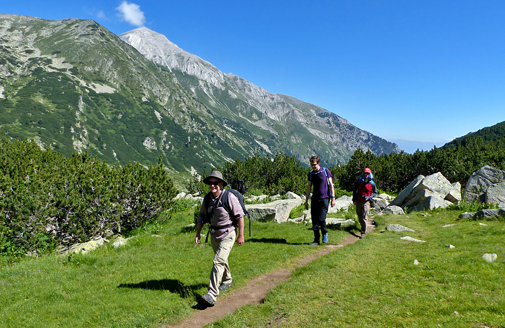 independent trekking tours of bulgaria