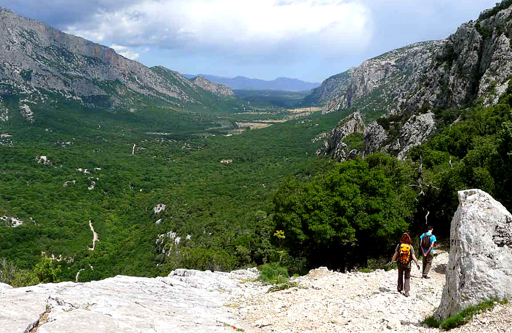 walking and hiking tours sardinia