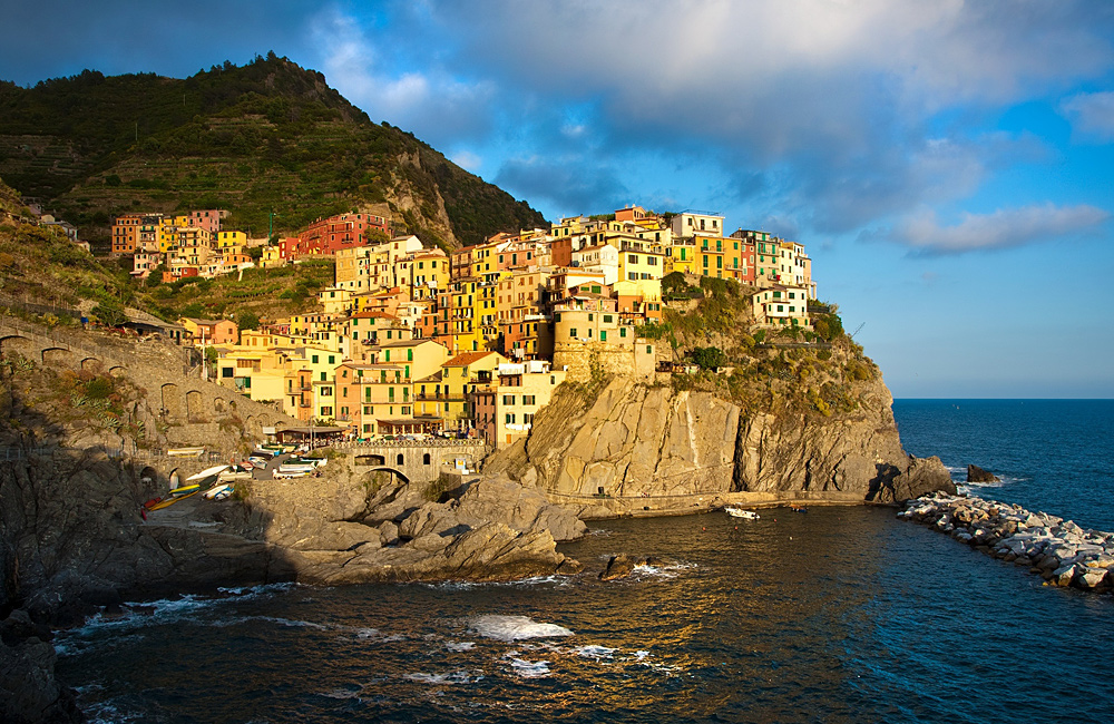 self-guided inn to inn walks in cinque terre italy
