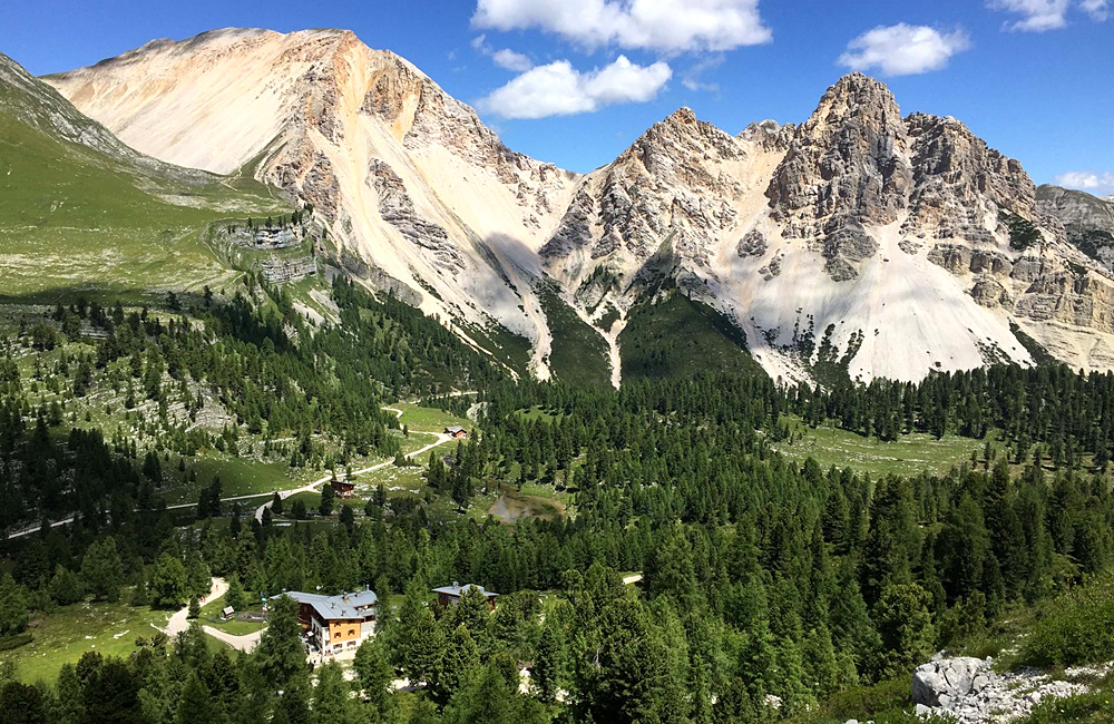 inn to inn trekking holidays dolomites italy