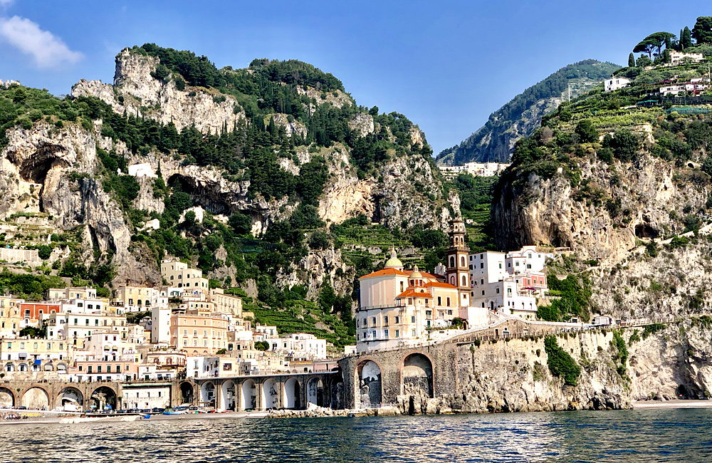inn to inn trekking holidays in amalfi