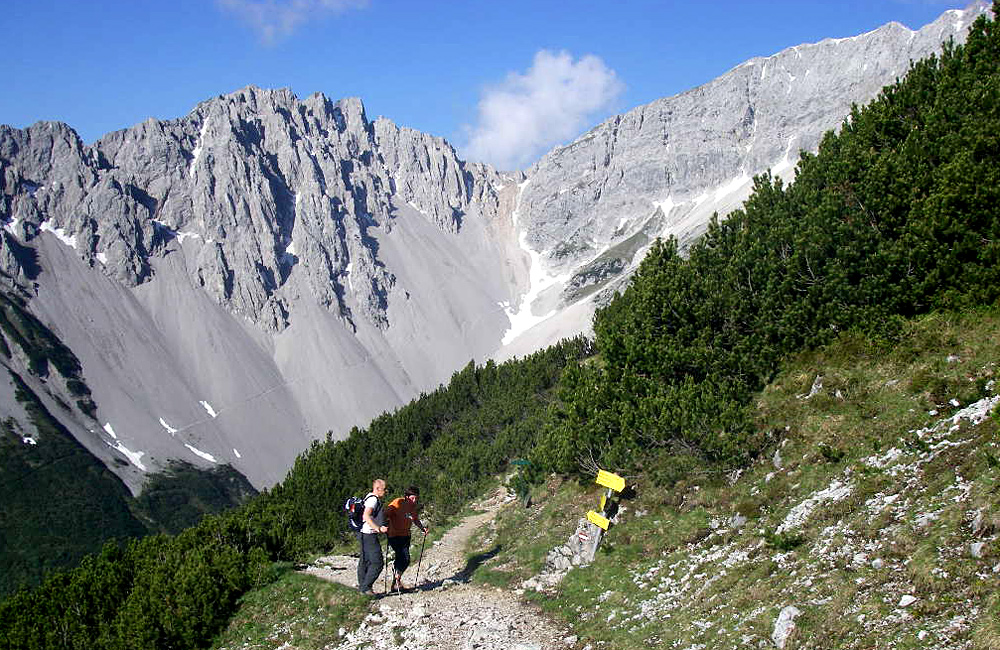 self-guided hiking in the alps, germany