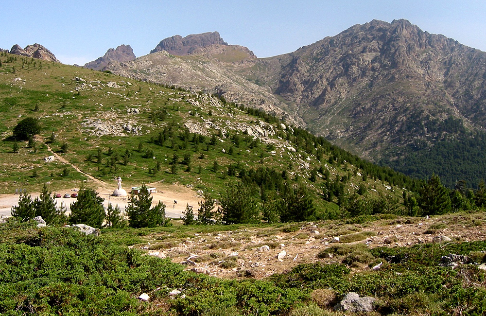 corsica independent walking tours