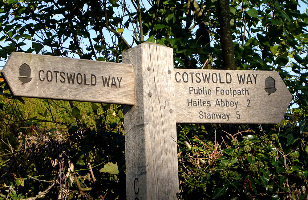 england and cotswold self-guided hiking tours