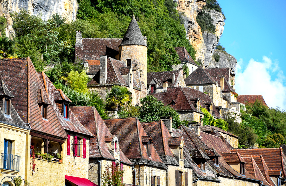 inn to inn walking in dordogne, france