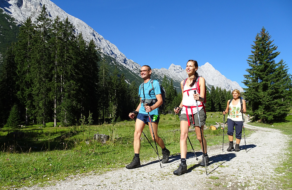 trekking holidays in germany zugspitze