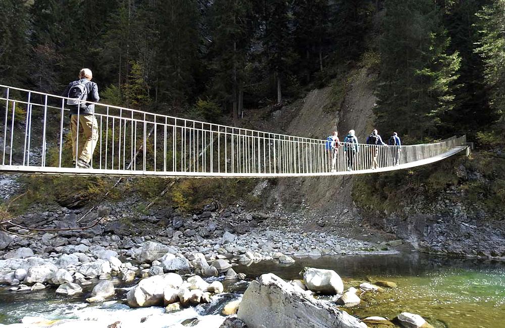 trekking via spluga trek