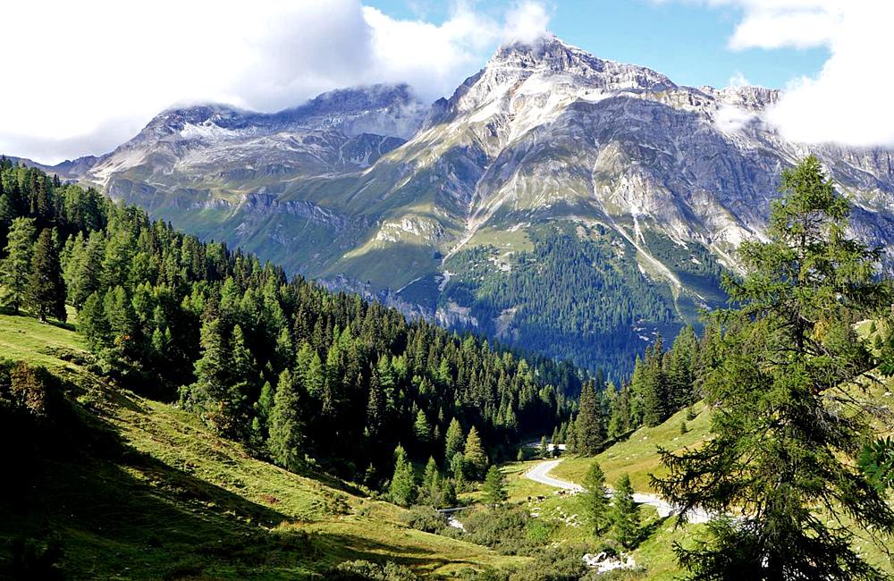 trekking tours via spluga self-guided