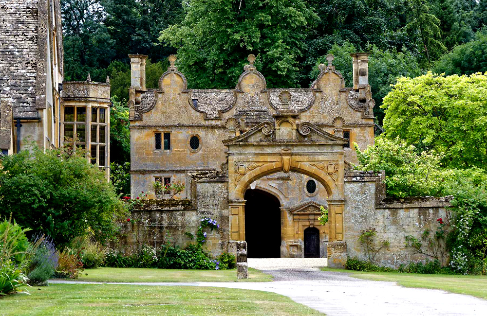 independent hiking and walking tours of cotswold and england