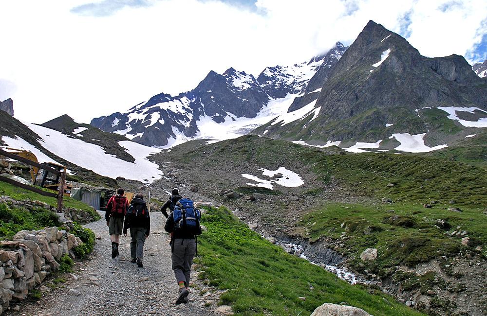 mont blanc trekking holidays