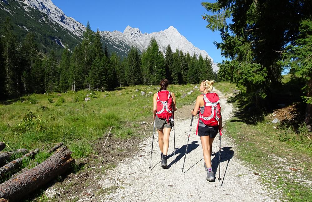 zugspitze walking tours in germany