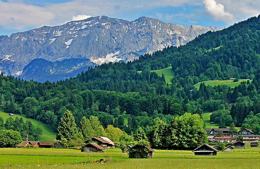zugspitze self-guided trekking in germany