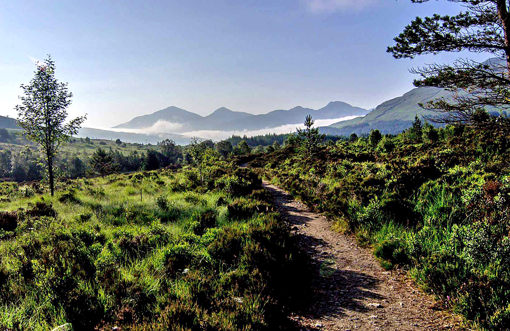 scotland self-guided hiking trekking