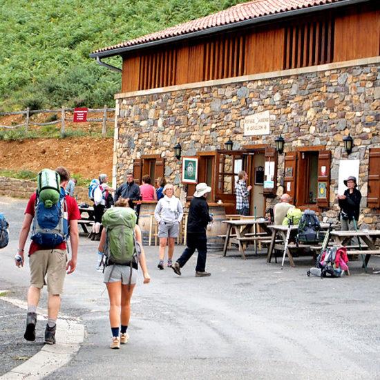 self-guided walking tour way st james