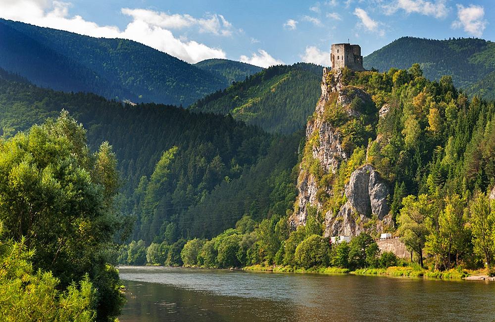 slovakia self-guided trekking tour