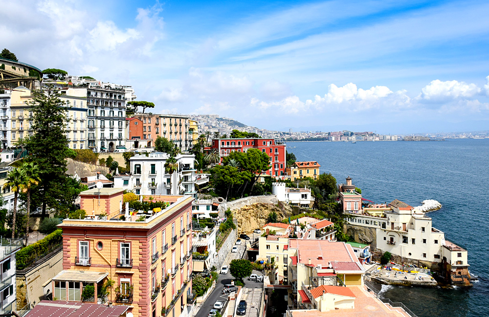 self-guided walking island of naples