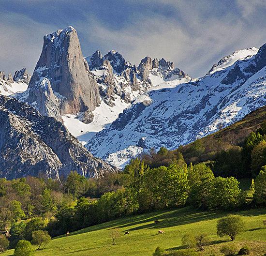 picos de europa independent trekking tour in spain