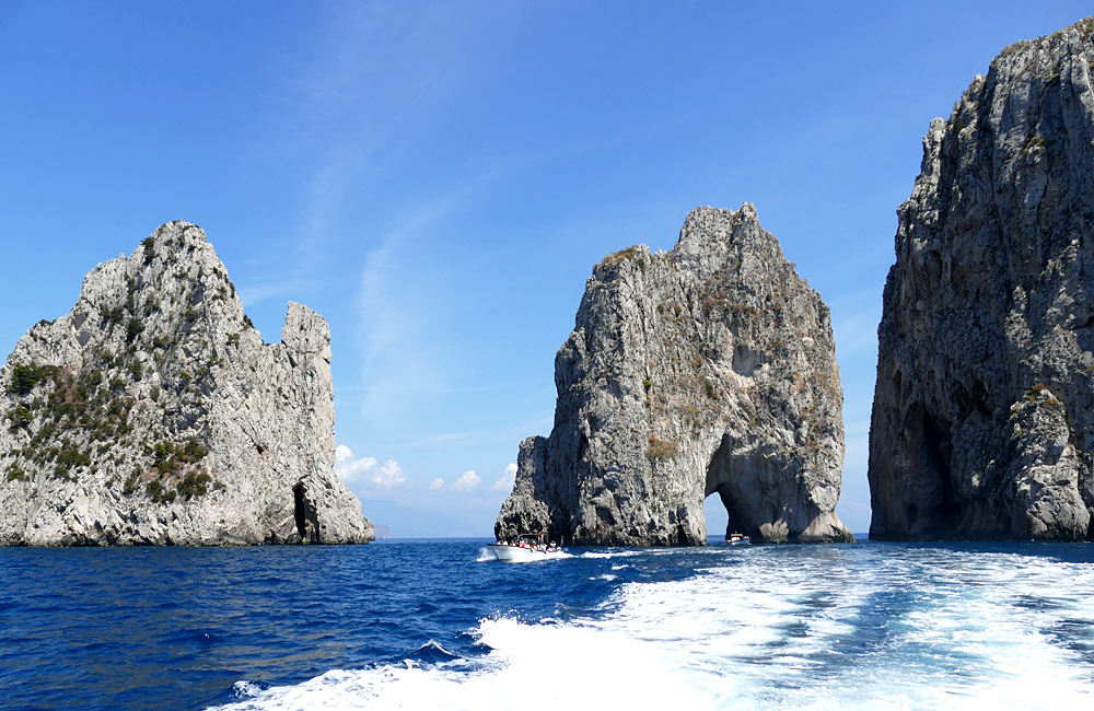 naples italy independent hiking tour