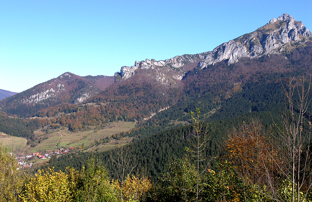 independent hiking in mala fatra, slovakia