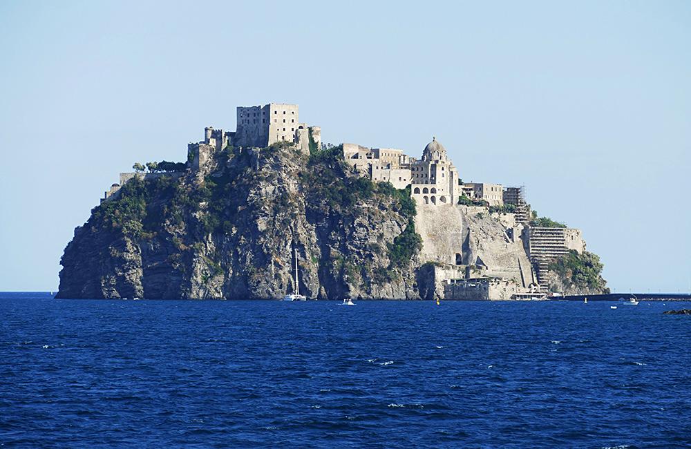 capri island self-guided trek