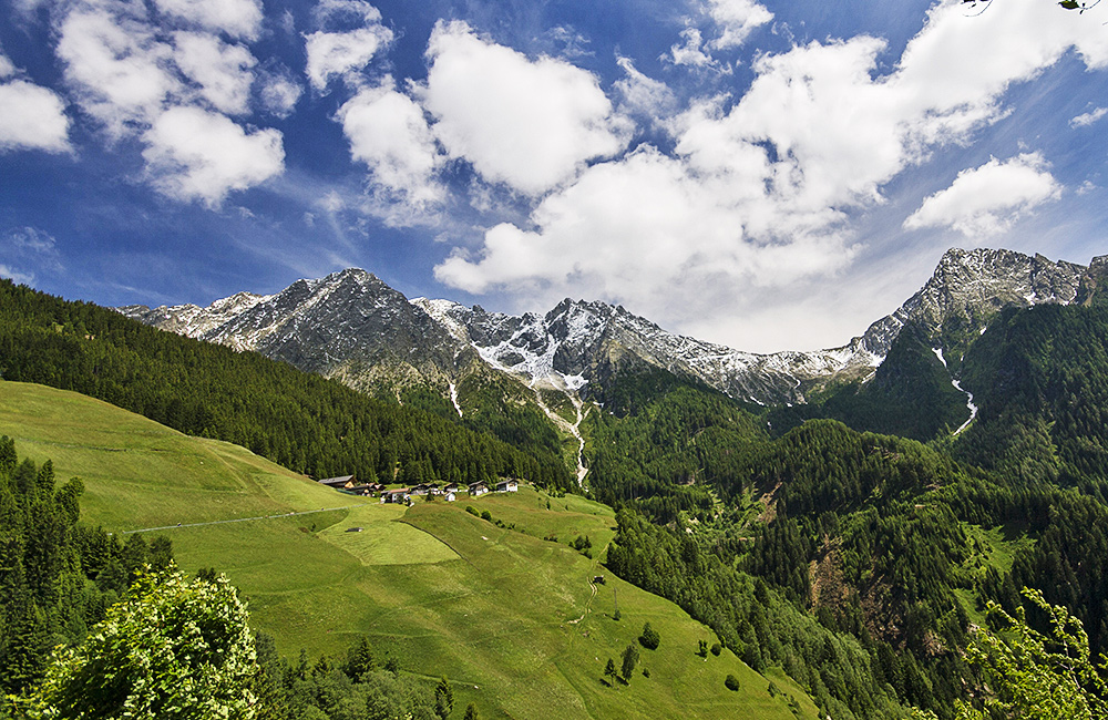 meran and bozen unguided walking and hiking in italy