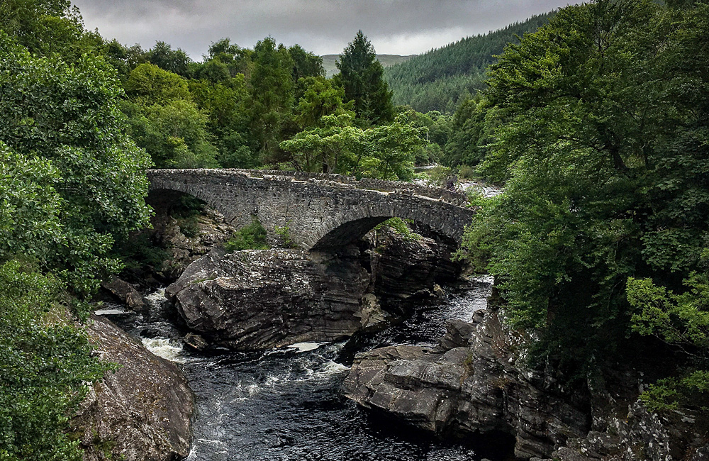 glen way self-guided trekking and walking tours