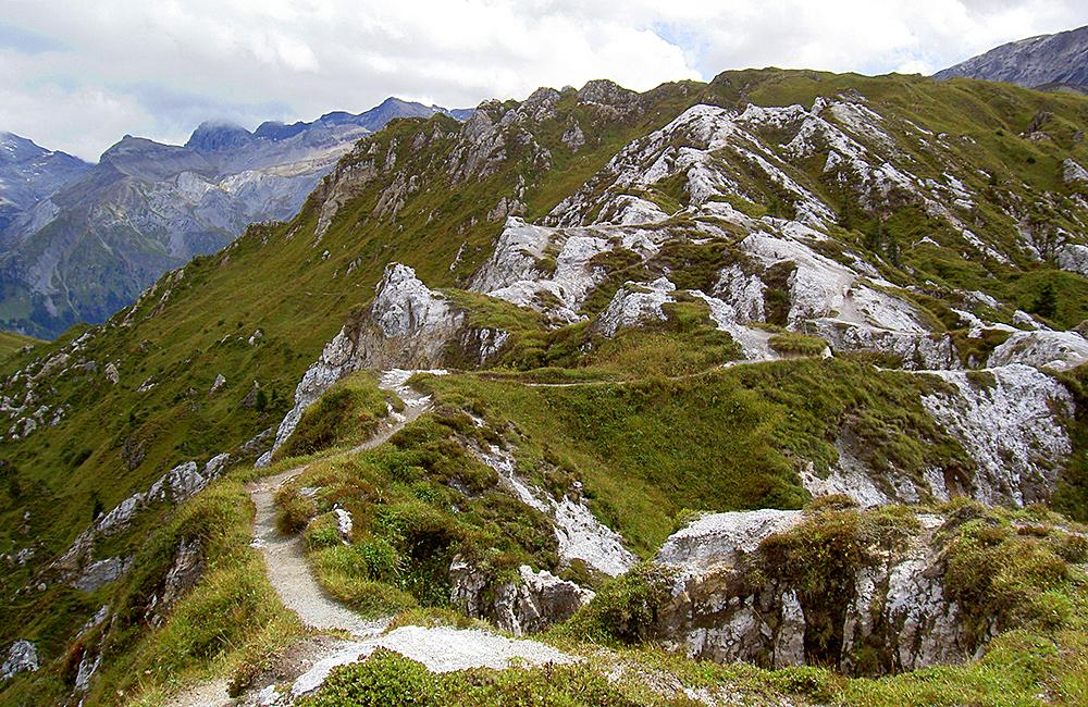 bernese oberland traverse along the via alpina in switzerland