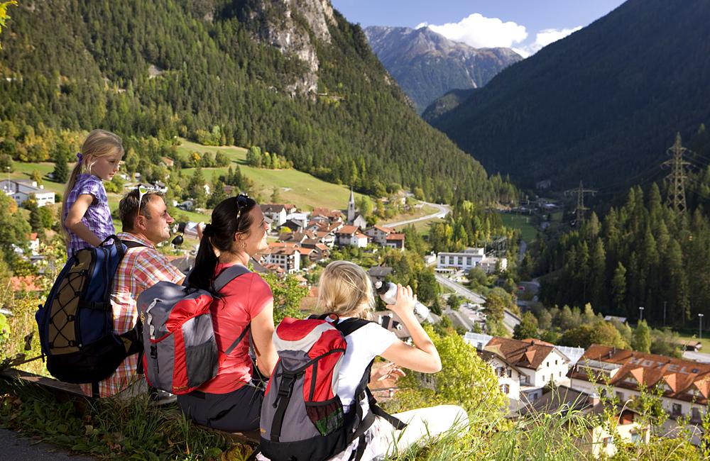 self-guided hiking in switzerland