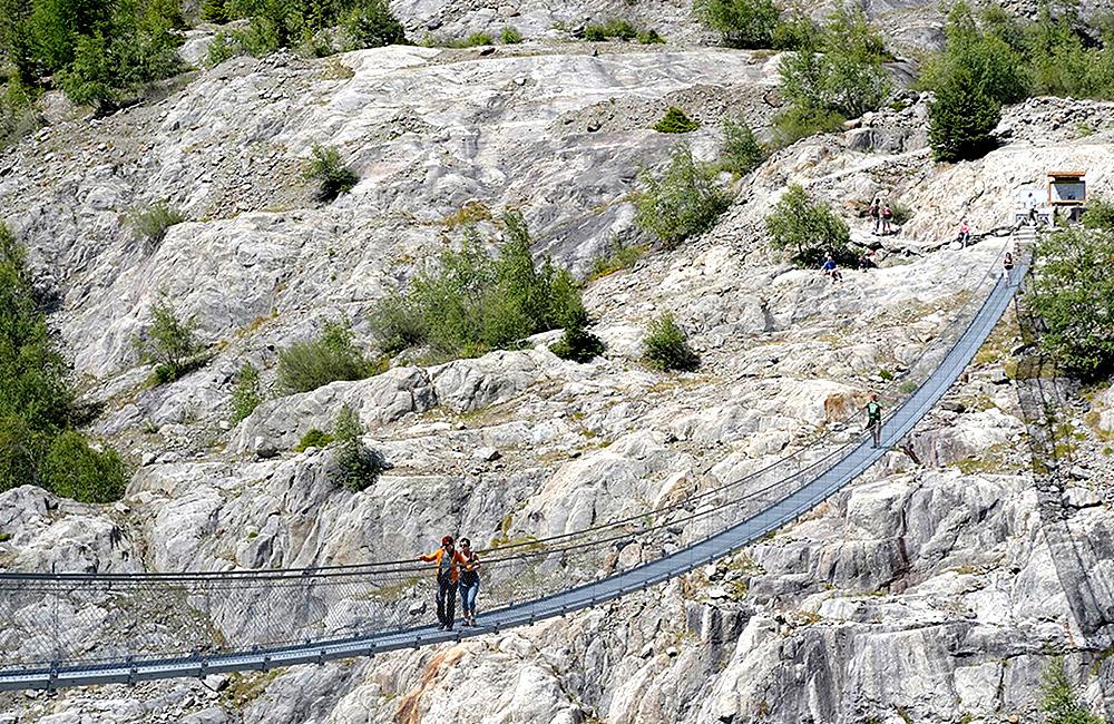 unguided trekking the aletsch glacier