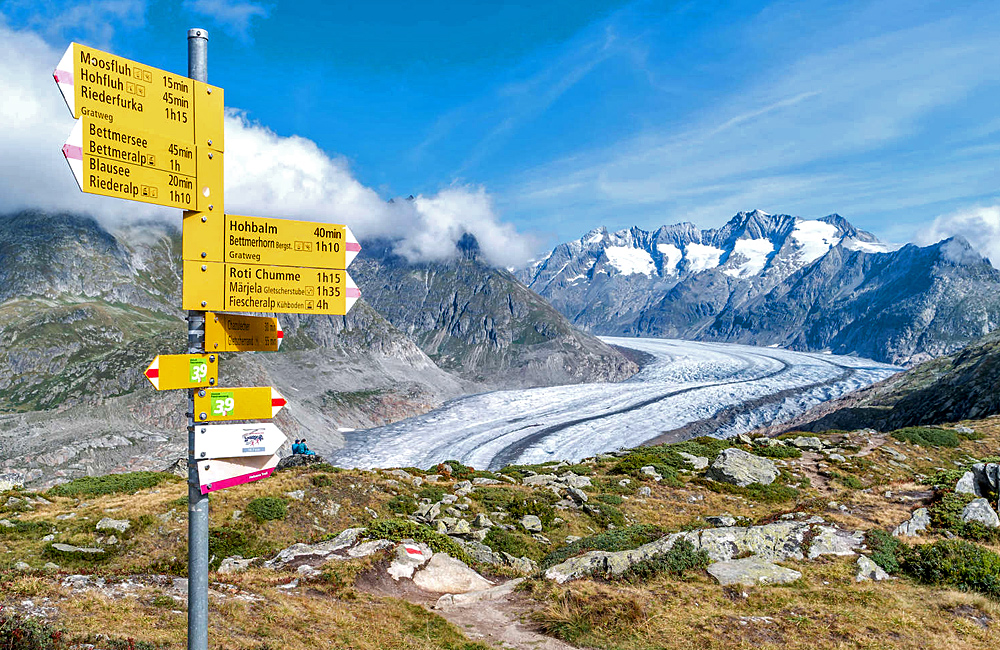 self-guided trekking in switzerland