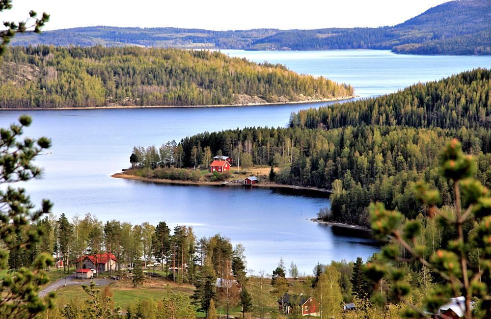 high coast hiking walking sweden